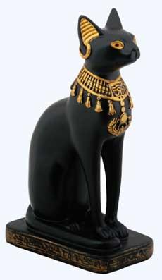 Египетская богиня Баст в образе кошки